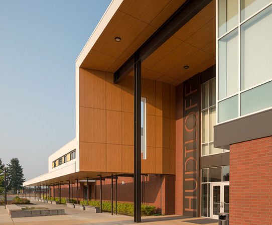 Hudtloff Middle School Exterior Entrance