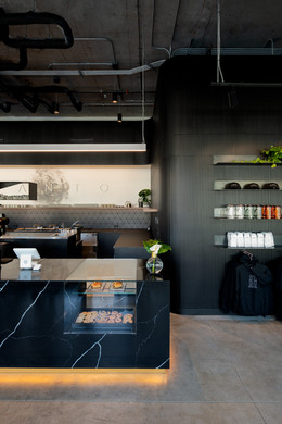 Santo Coffee Interior Black Marble Counter