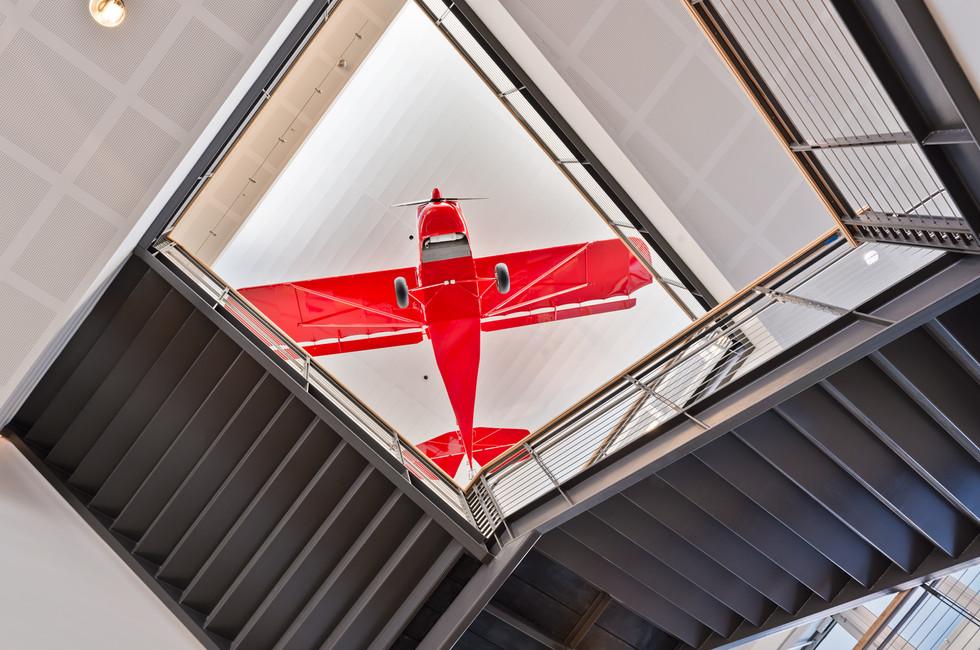 Raisbeck Aviation High School