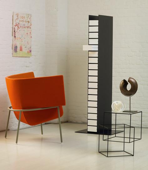 Capo - Dinah - Thin black table