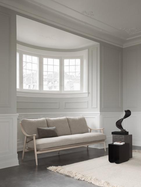700:3 Marino Large Sofa in NM.jpg