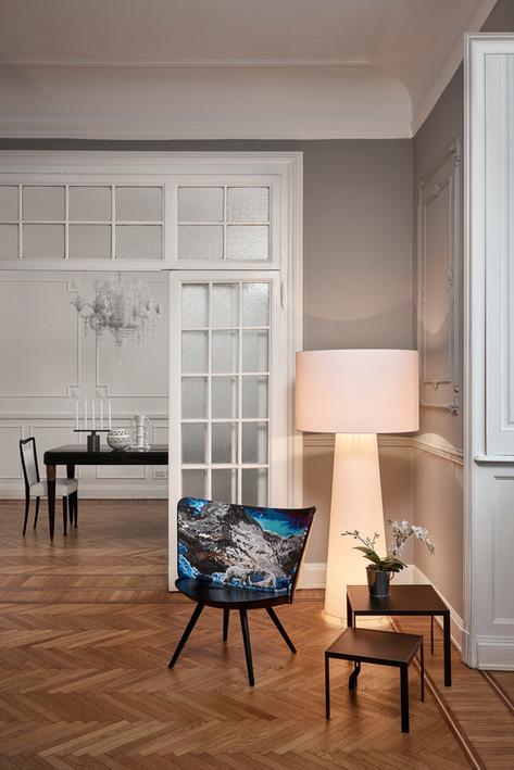 Embroidery chair - Big shadow - Tangle table