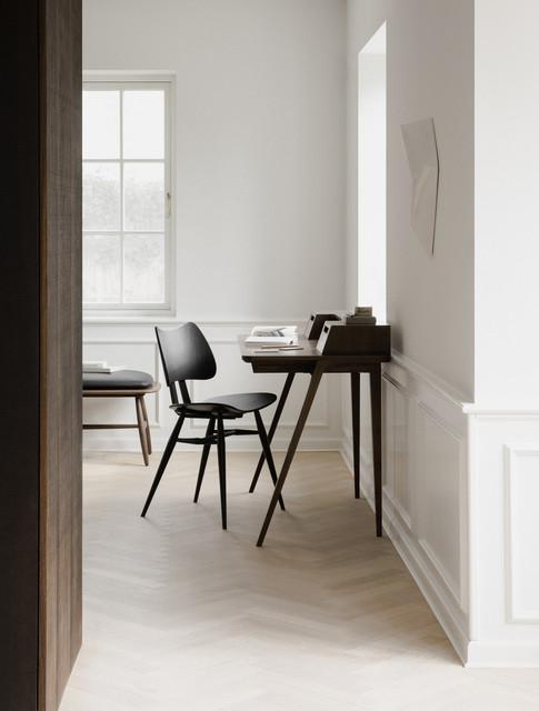 2335 Treviso Desk in Walnut, 402 Butterf