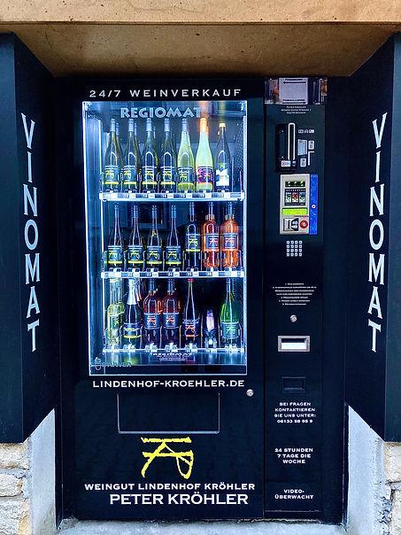 Vinomat Lindenhof Kröhler, erster Weinautomat in Rheinhessen