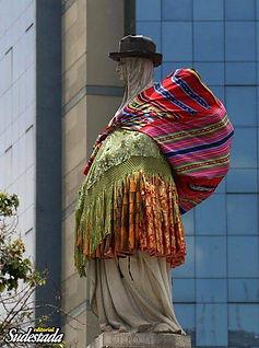 Plaza Chola globalizada