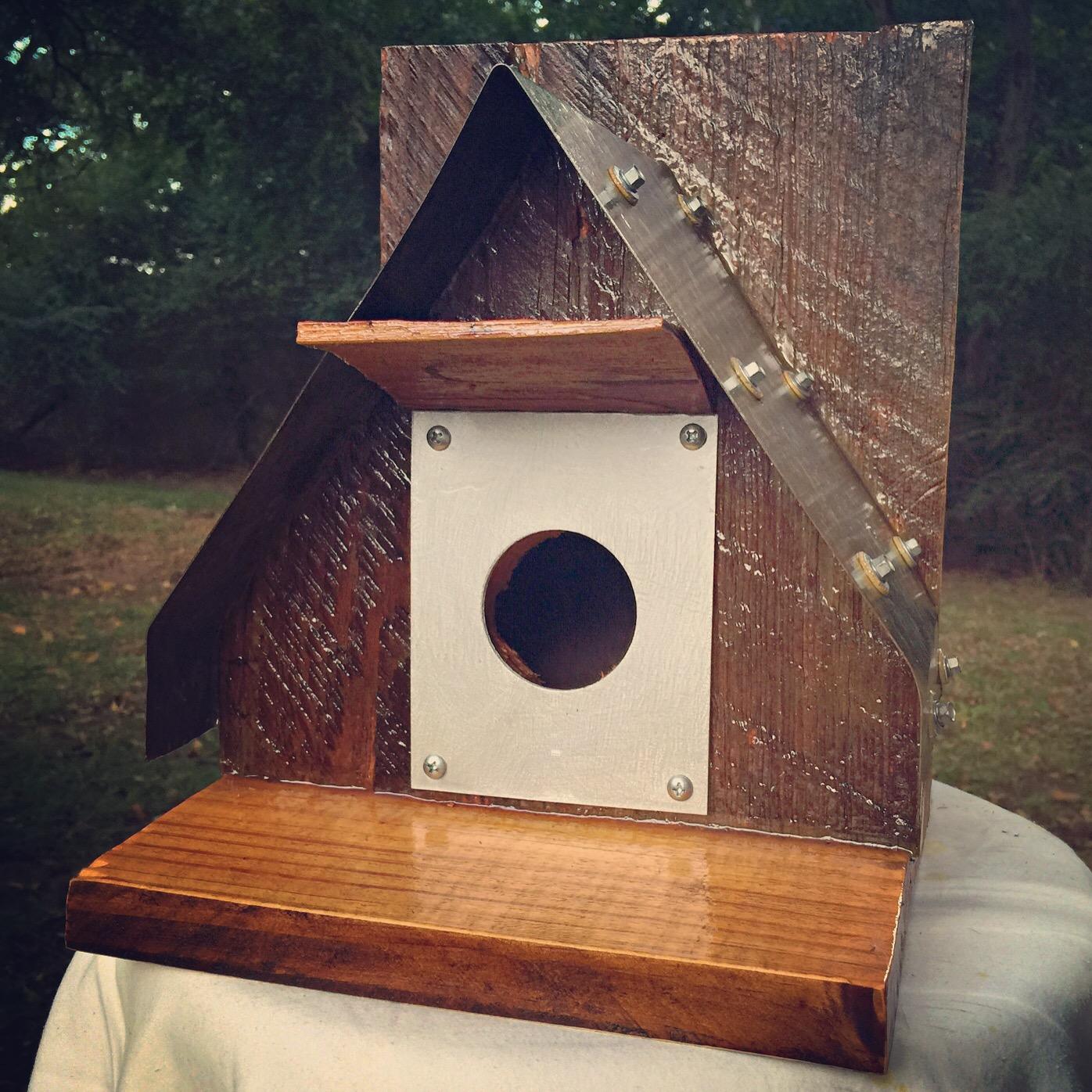Squirrel-proof Birdhouse