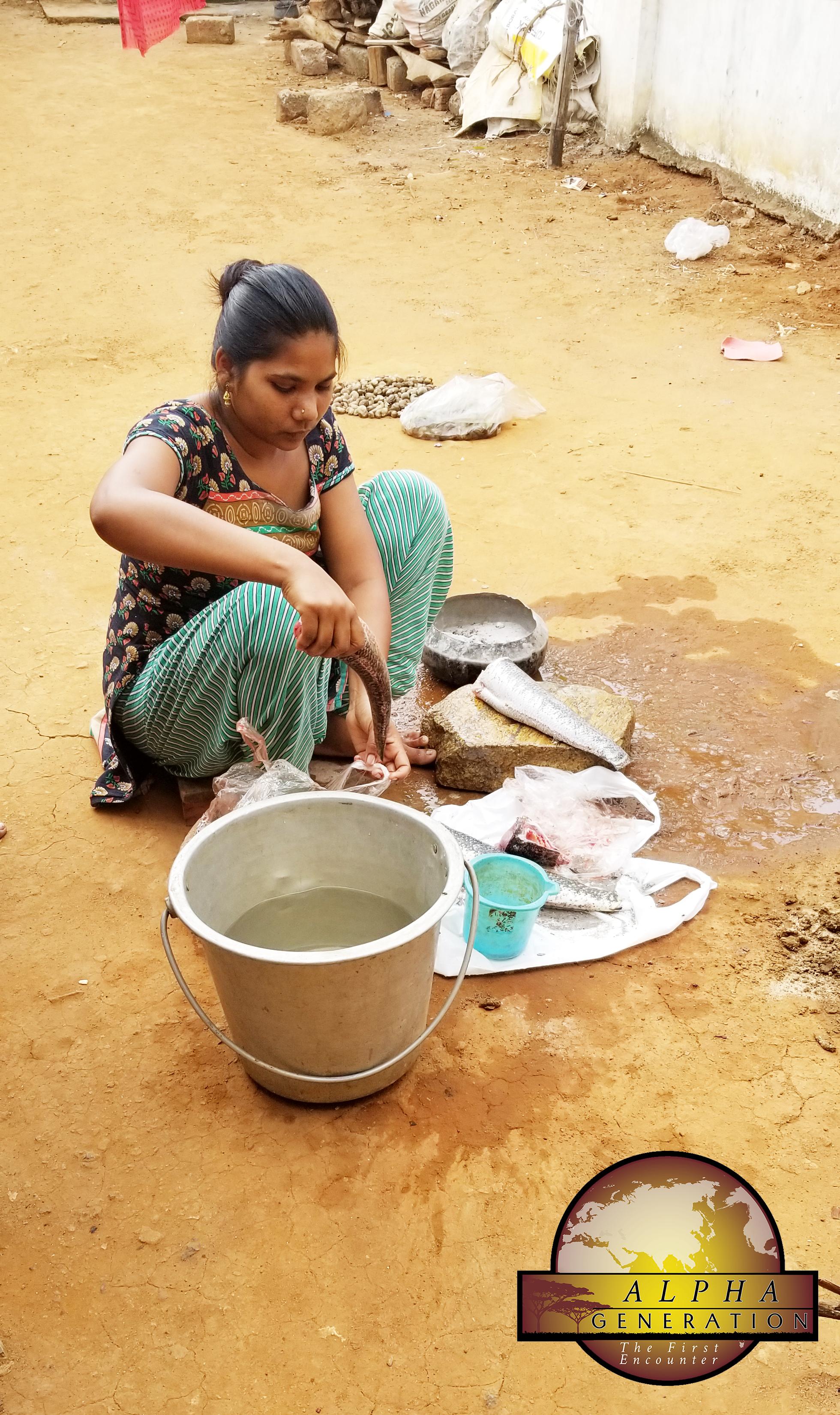 Preparing fish in India