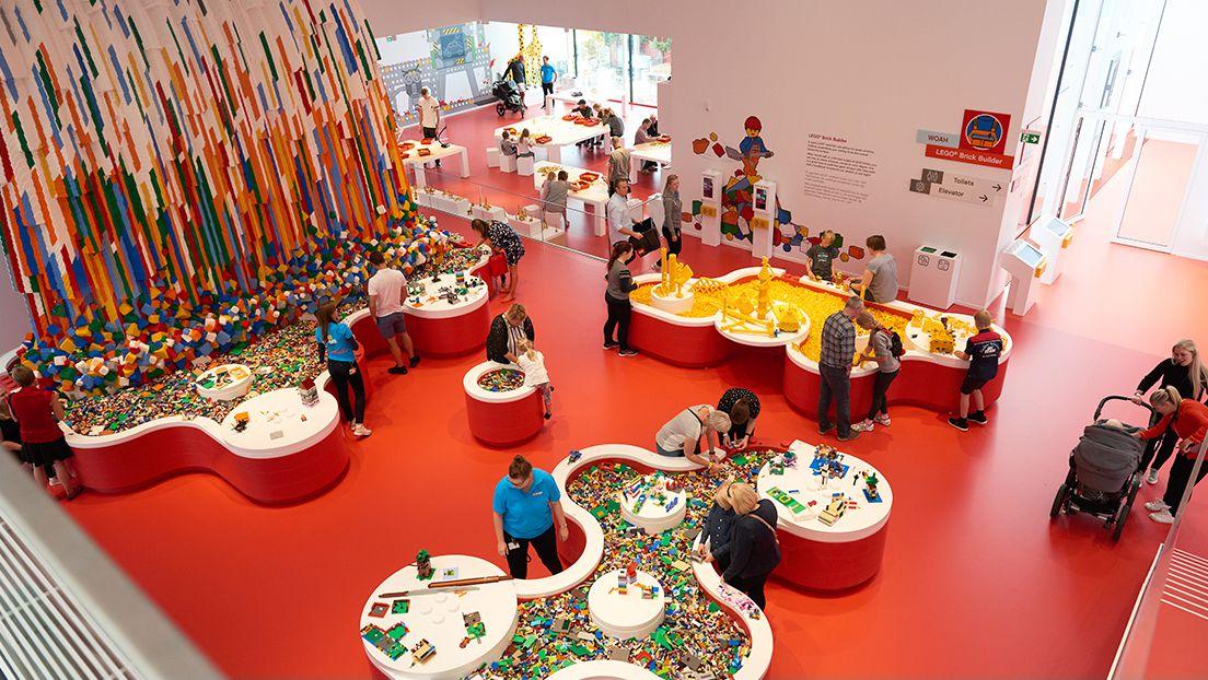 LEGO House | Red Zone Brick Builder