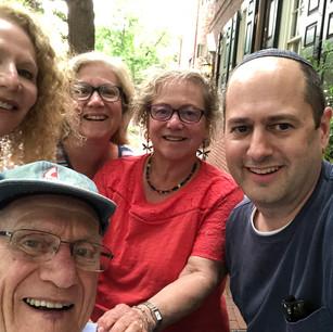 A Happy tour group!