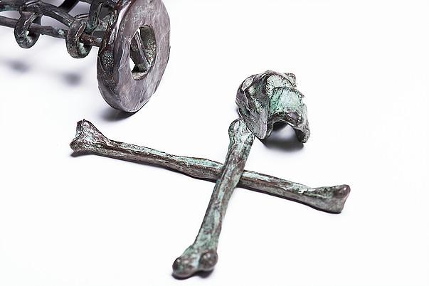 Baúl con los huesos de la Abuela