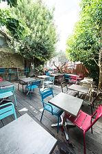 Café sur cour, nantes, cour, bar, vin, terrasse, arbres, déjeuner, wifi, coworking, privatisation, soirée privée, apéro, concert, expo,