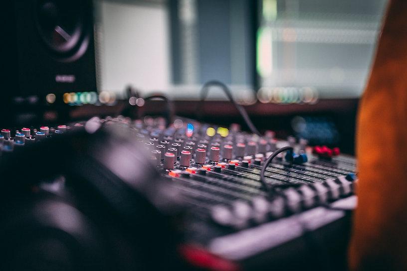 MUSIC STUDIO PROMO-7483.jpg