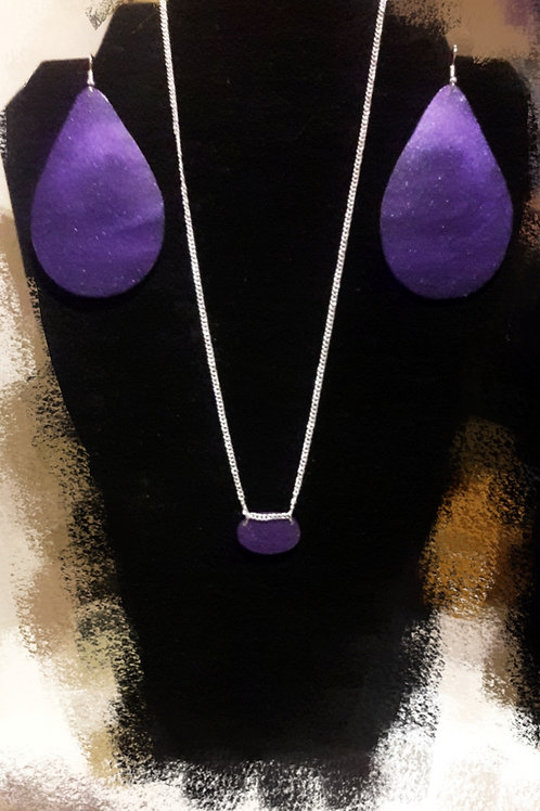 Ink It Jewelry Tear Drop Earring and Oval Necklace Set