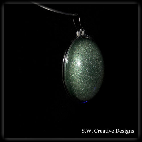 S.W. Reflextion Oval Necklace and Pendant, Dark Emerald Green