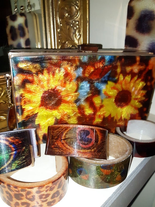 Sunflower Clutch
