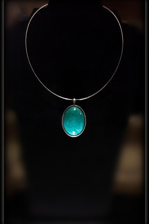 S.W. Mermaid Crackle Oval Pendant and Necklace