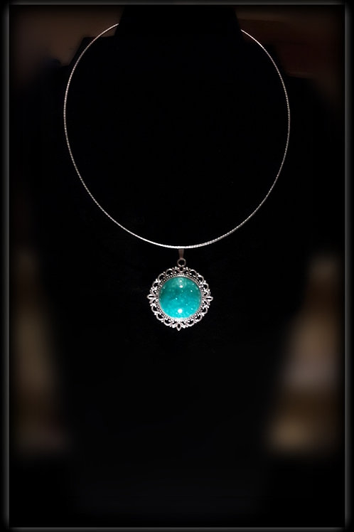 S.W. Mermaid Crackle Circle Pendant and Necklace