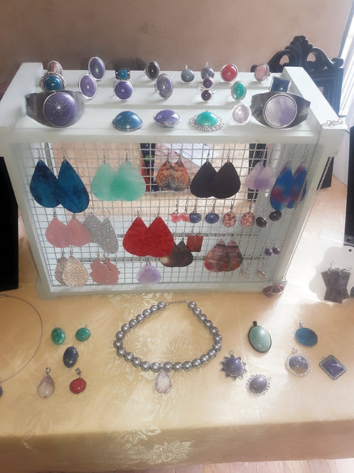 Create you your Earrings and Necklace