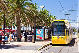 Tram-to-the-city-Glenelg.jpg