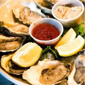 Oysters from the Boathouse