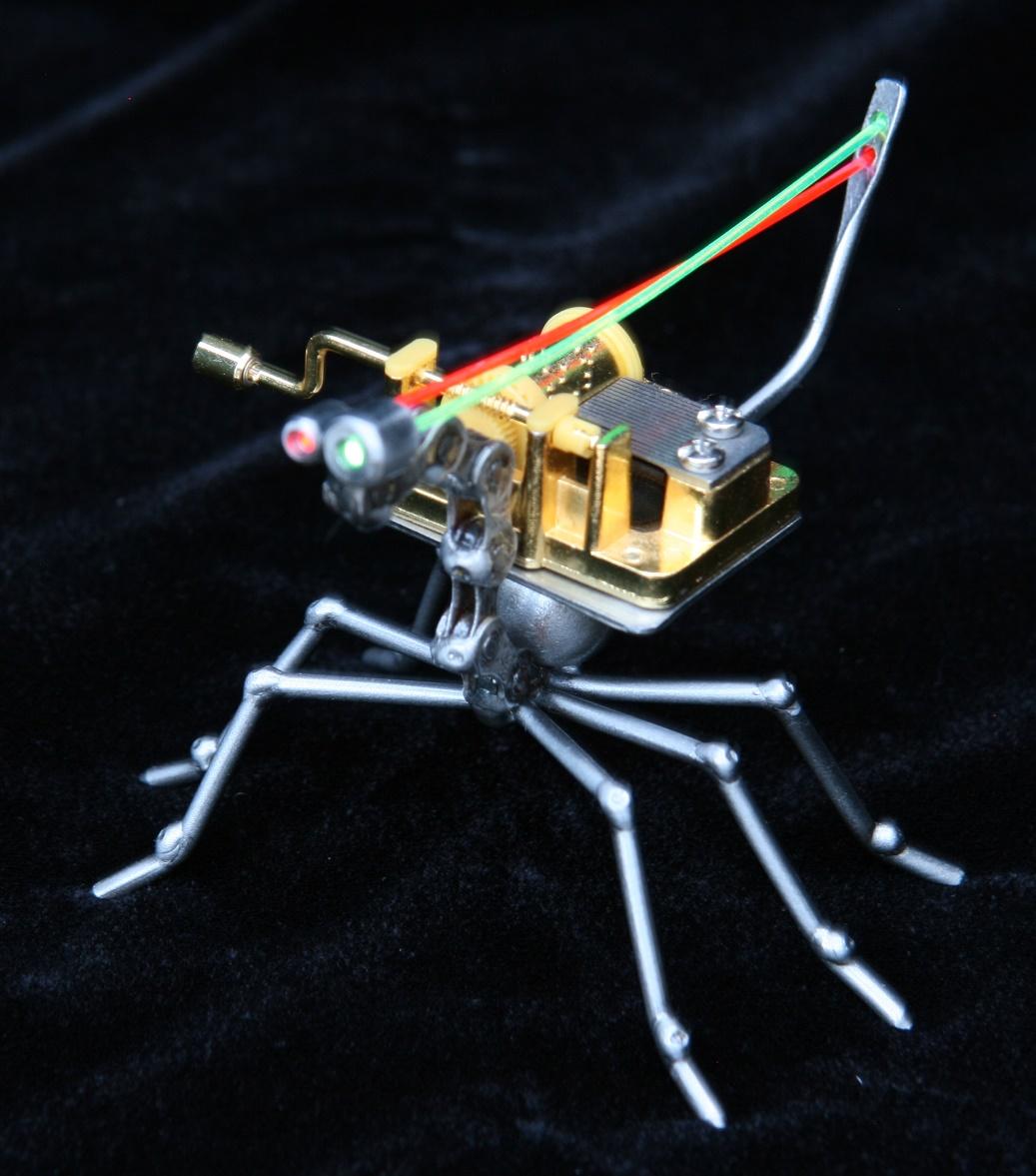Robo Bug (music box)