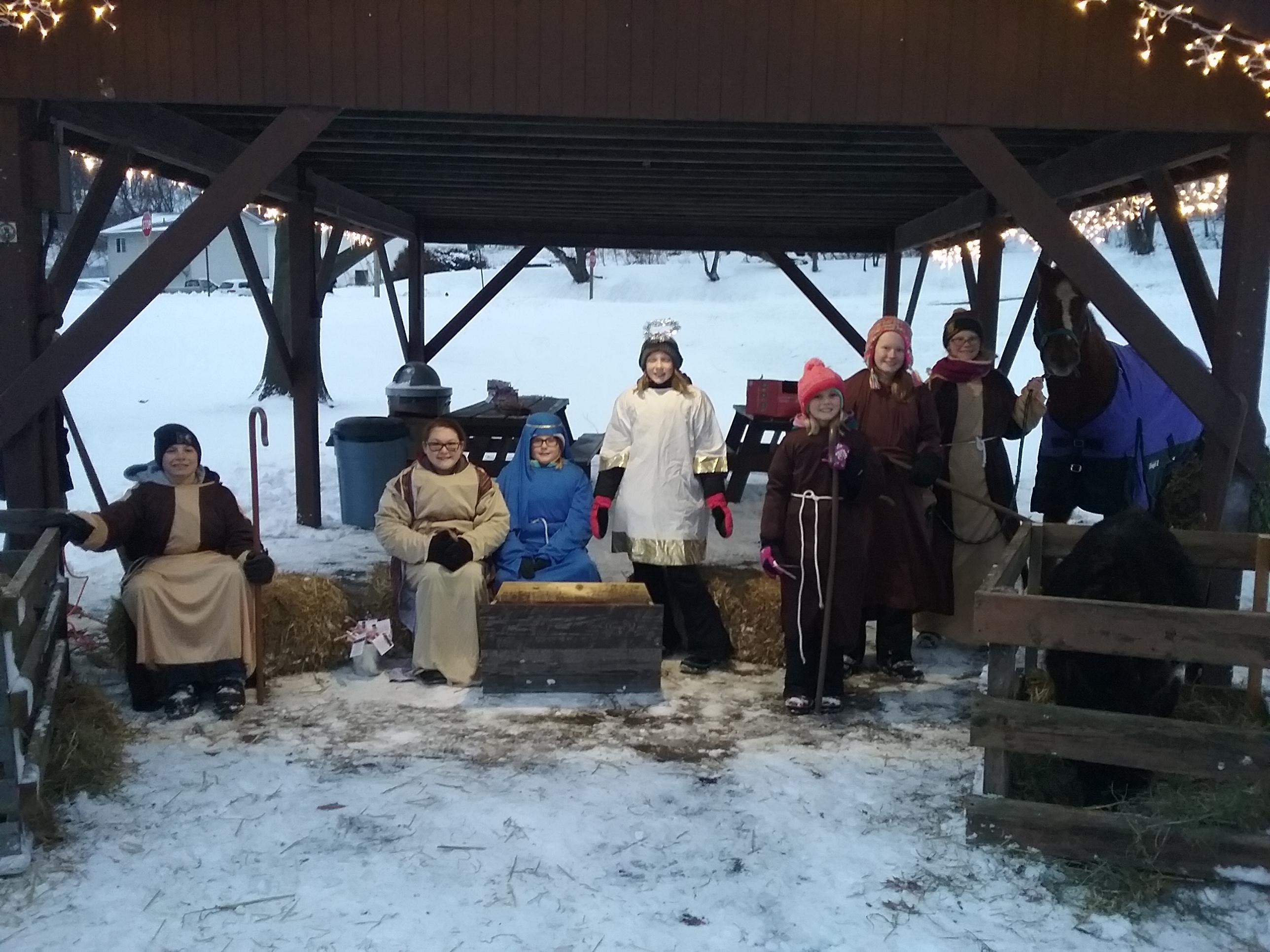 LIve nativity group