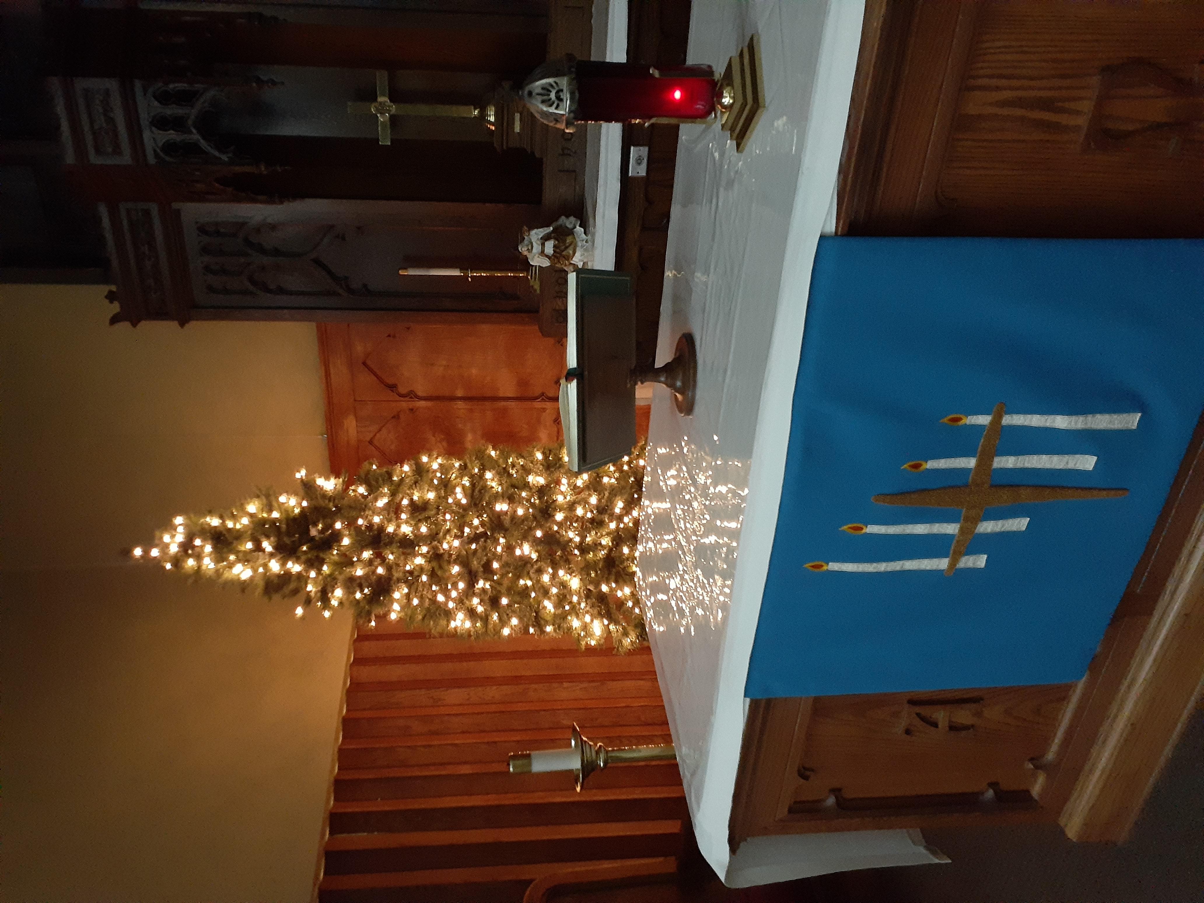 lighted tree at altar 3