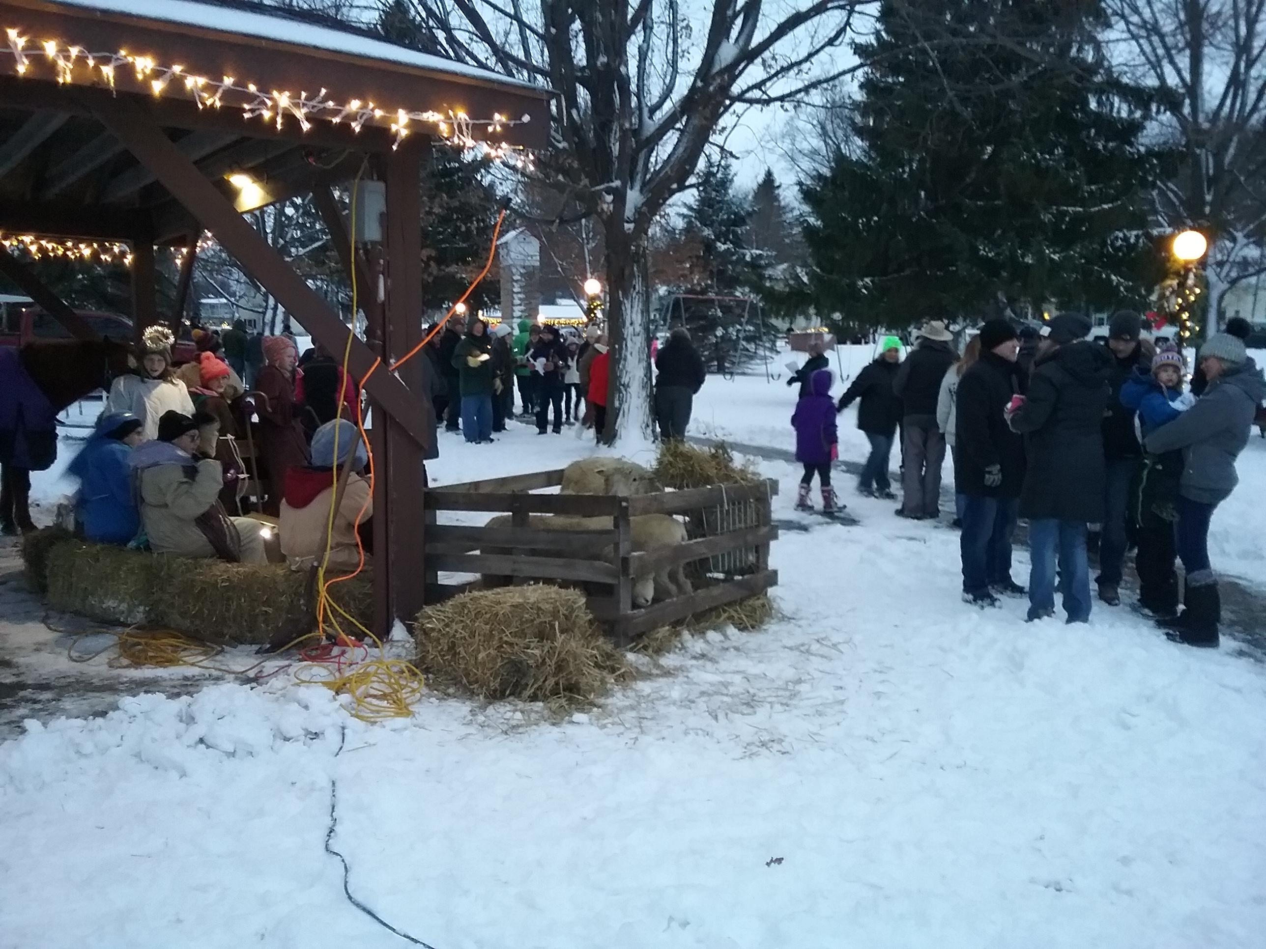 live nativity people