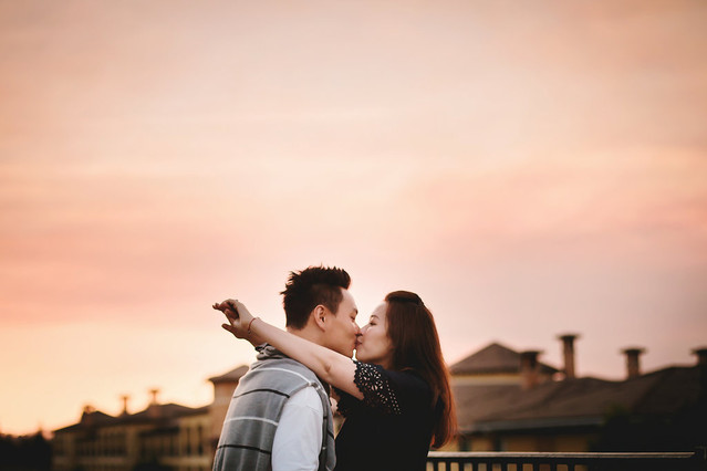 Best engagement photographer roseville s