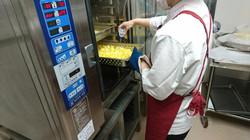 スチコン調理中①.JPG