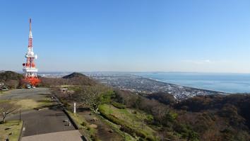 湘南平から江の島方面