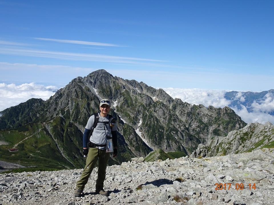 剣岳をバックに別山山頂にて