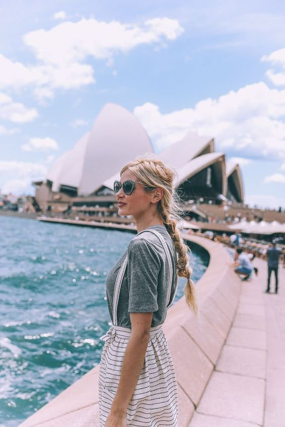 australia mujer.jpg