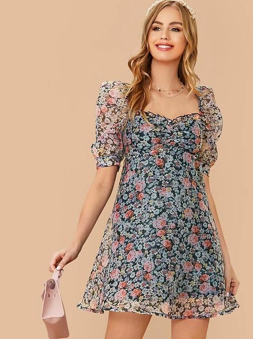 Vestido floral con diseño