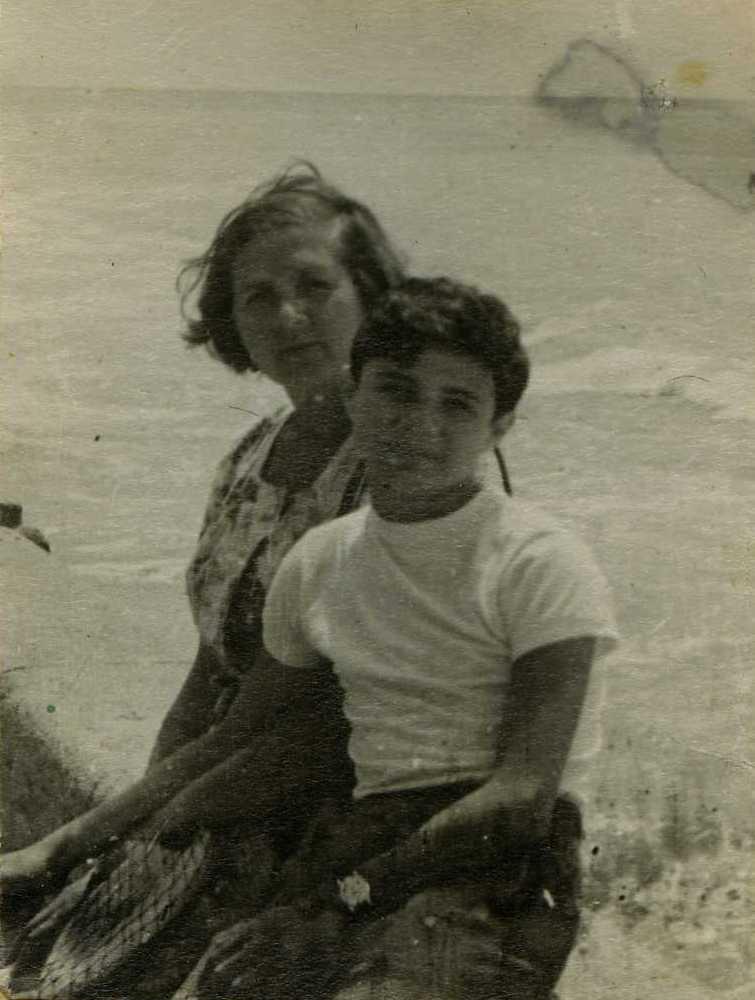 Мама и Юрий .jpg