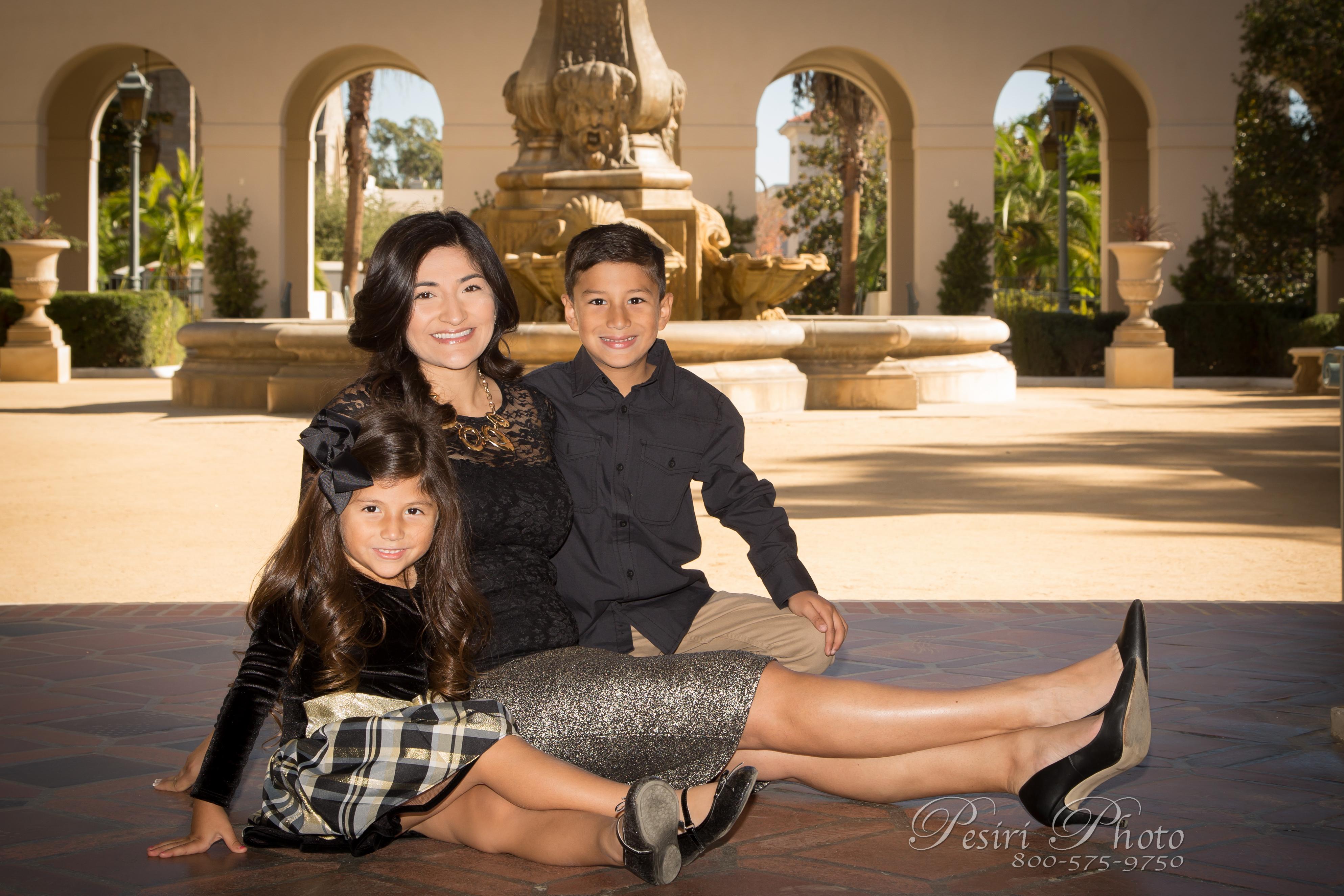 Family Photos By Pesiri Photo G-1