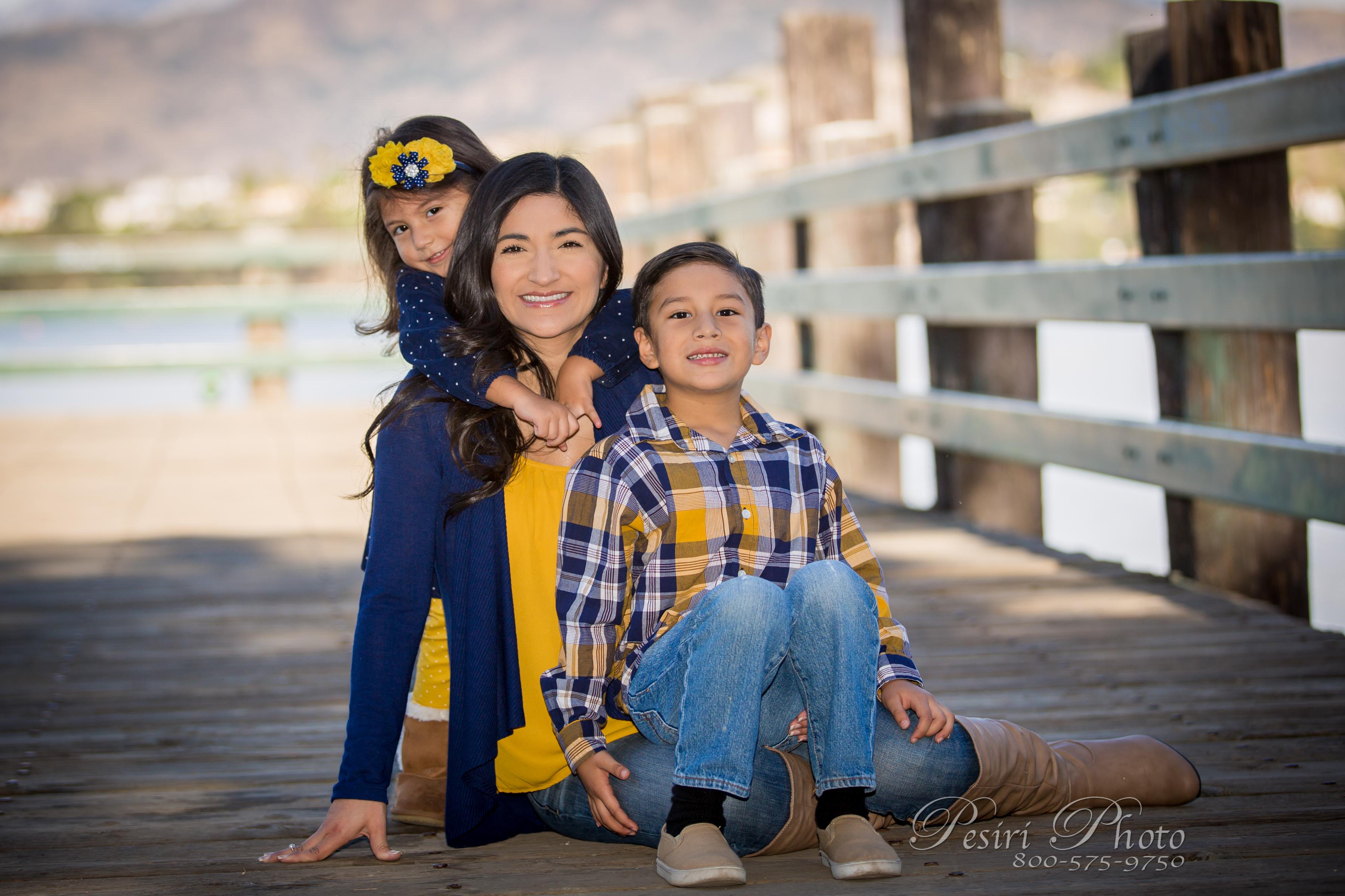 Family Photos By Pesiri Photo G-4