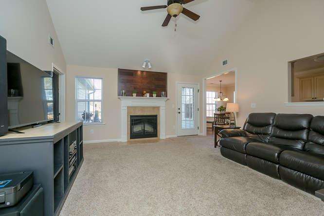 525 Sebastian Drive Grovetown-small-008-5-Family Room-666x444-72dpi.jpg