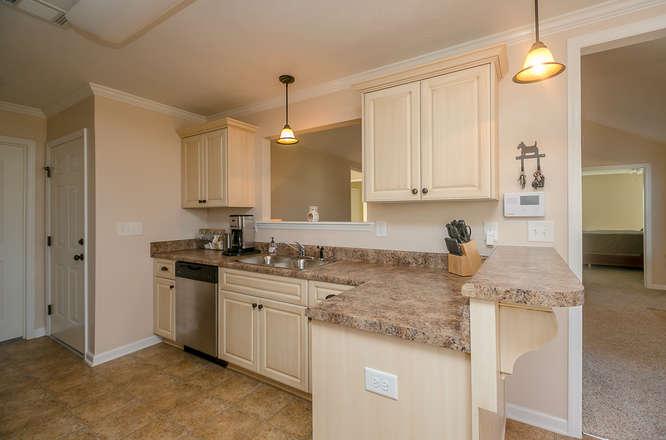 525 Sebastian Drive Grovetown-small-015-19-Kitchen-666x441-72dpi.jpg