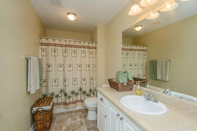 525 Sebastian Drive Grovetown-small-027-23-Bathroom-666x444-72dpi.jpg