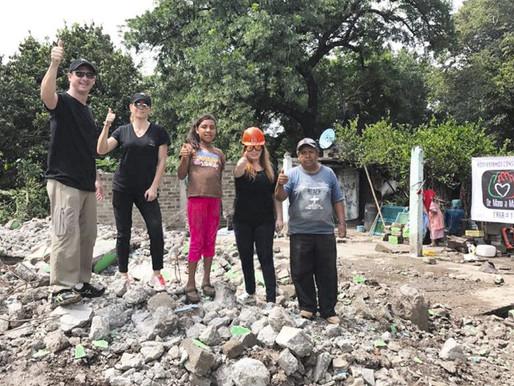 De Mano a Mano reconstruye vida de 15 familias en Puebla