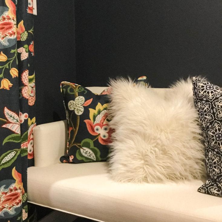 Sitting room decoration