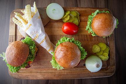 Mitica Burgers