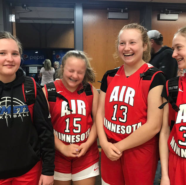 7th graders getting ready for their game!