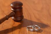Bir garip boşanma