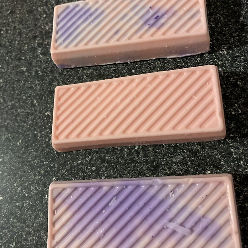 3 Assorted Soaps, Scented