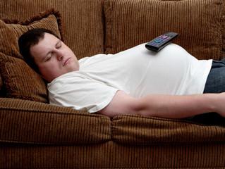Além de engordar, dormir mal pode agravar outras doenças; veja quais