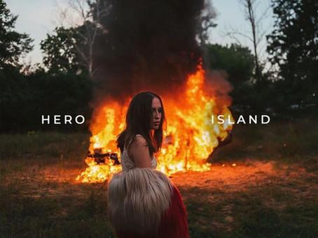 Hero/Island - Alice Merton Single Review