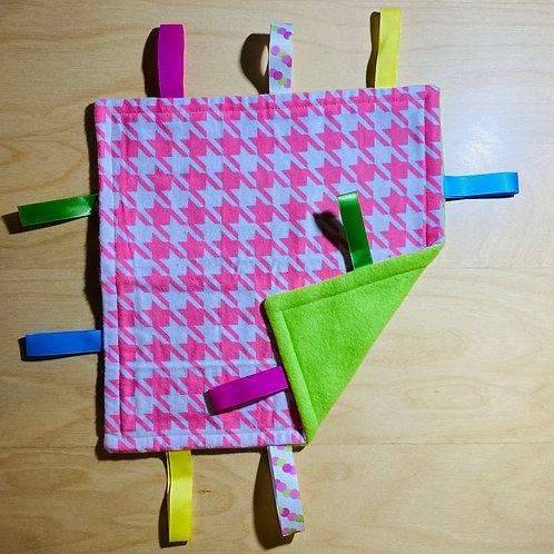 Pink Pattern Flannel Taggie (Green Back)