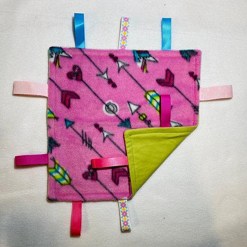 Arrow On Pink Fleece Taggie (Lime Green Flannel)